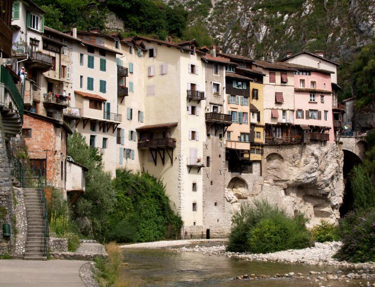 Villes et villages for Beau village autour de toulouse